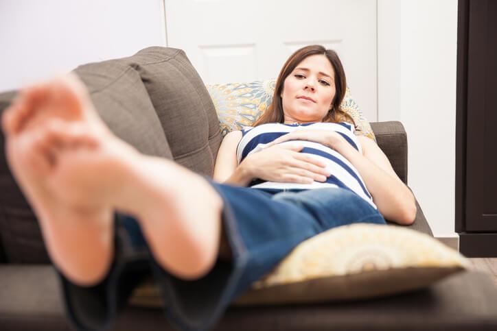 undgå vand i kroppen under graviditet