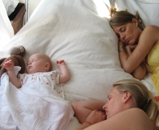 Baby i varmen? – 5 gode råd til dig om baby i sol og sommervarme