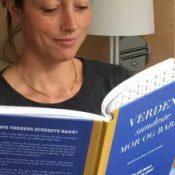 Jordemoder Camilla lærer om optimal kost til jordemoderforeningens temadag