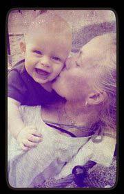 Mor Marlene og en dejligt glad dreng William.
