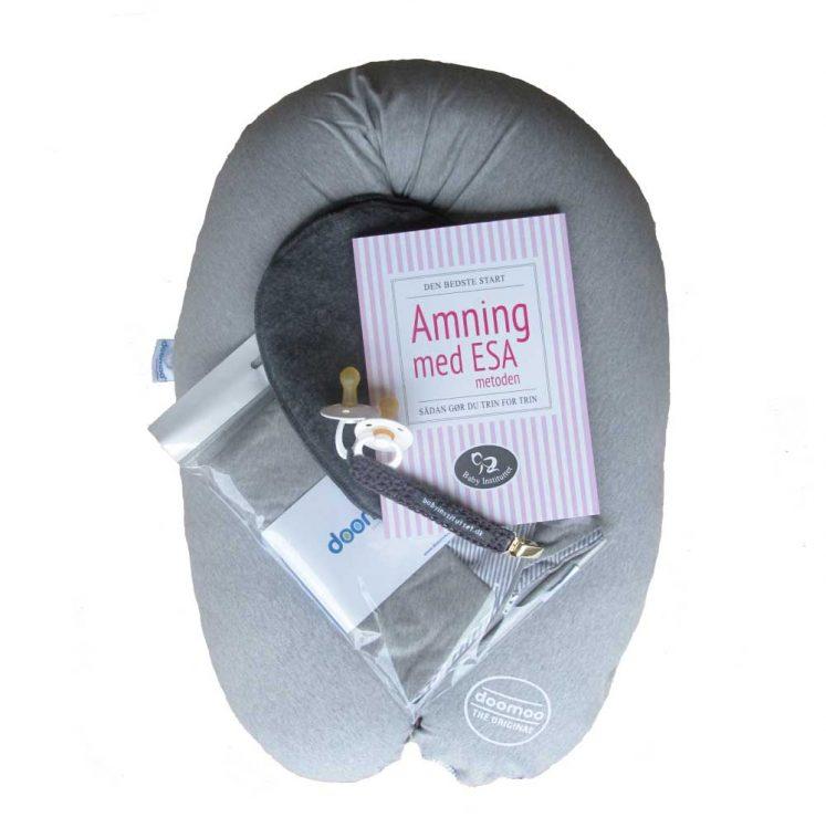 Ammepakke 2 – bog, ammepude, betræk, brystvarmere, sutter og suttesnor
