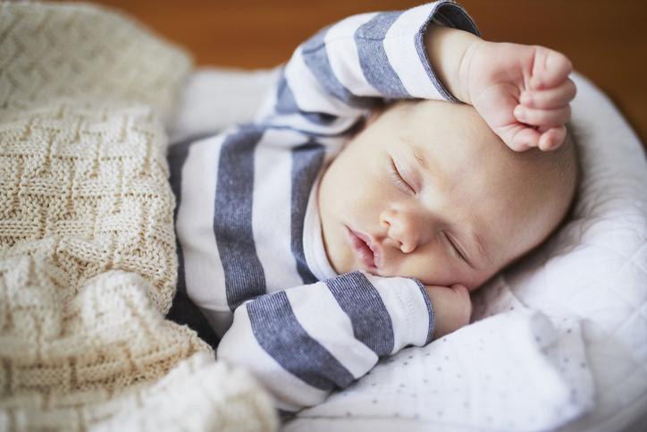 baby sover dagstur - sover om dagen, sover middagslur