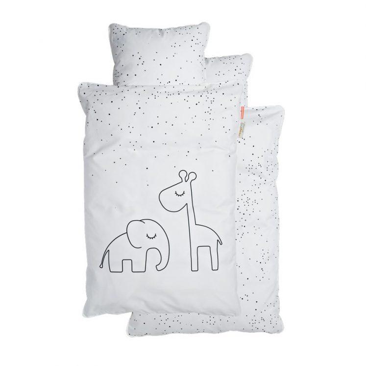 Sengetøj til baby i Hvid med prikker fra Done By Deer