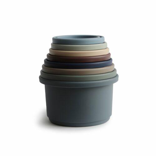 Stabeltårn blå og grønne farver fra Mushie